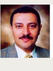 Roayah Vision Centers Qena Branch - Qism Police Headquarter square, Qena, 21311,