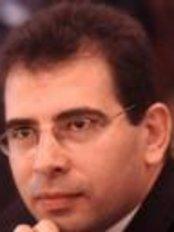 Dr. Abdallah El Husseiny - Doctor at Al O'youn Al Dawli - Heliopolis