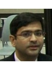 Jatin Ashar - Ophthalmologist at Shroff Eye Clinic