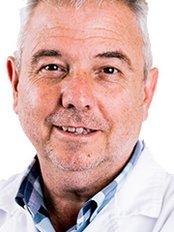 Dr Jose Ramón Villada - Ophthalmologist at Vision Ooglaseren