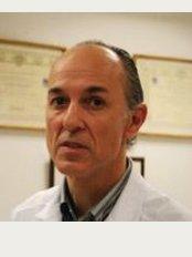 UOB The Clinic - Clinica Palmaplanas  Cami dels Reis s / n, Palma de Mallorca, 07010,