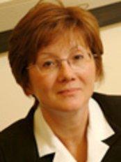 Dr Serra Arf -  at Istanbul Retina Institute