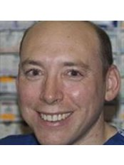 Dr Paul Ursell - Doctor at Cataract Doctor The Docotors' Eye Doctor - Ashtead Hospital