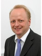 Mr Dan Higman, Consultant General and Vascular Surgeon - Surgeon at The Stratford Clinic