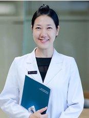 Dr Pham Ngoc Dan Thanh -  at Hai Yen Eye Center