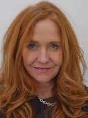 Dr Lynn Burmeister - Doctor at Monash IVF -Sunshine