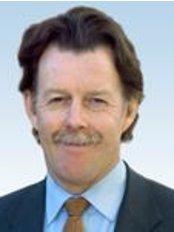 Dr John Cullen - Doctor at Monash IVF -Sunshine