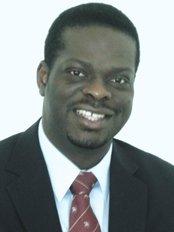 Dr Moses Abe - Doctor at Monash IVF - Mildura