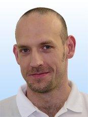 Dr. Pavel Koubek - Embryologe - Praga Medica - Kinderwunschbehandlung