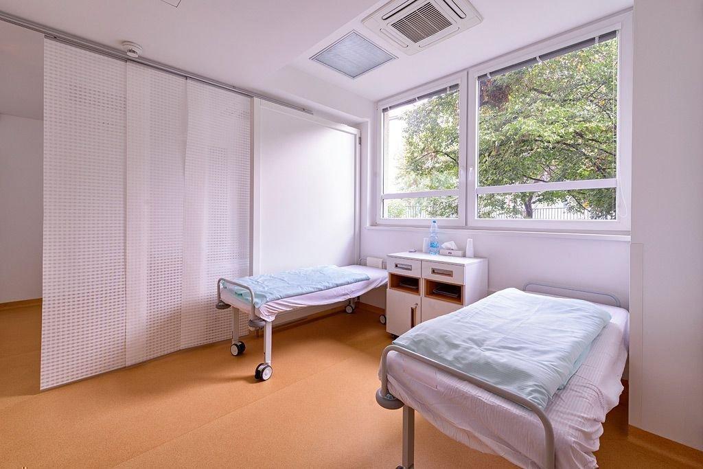 ... Clinic image 9 ...