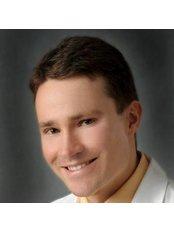 Dr. Ondrej Krenek - Arzt - IVF.travel