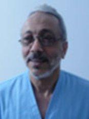 El Amal Ivf Center - Prof tarek abd el hamid