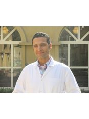 dr. ahmed ragheb - Consultant at Bedaya Hospital for IVF & Fertility