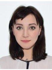 Frau Anna  Karamitrou - Hilfskrankenpflegerin - EmBIO Medical Center