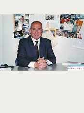Crete Fertility Center - Dr Mattheos Fraidakis