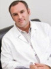 Mr István Fülöp - Surgeon at Smart Choice Medical Travel