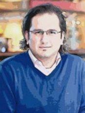 Dr István Balogh -  at Prelife