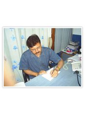 Kuldeep Jain - Surgeon at KJIVF Test Tube babies and Laparoscopy Center