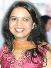 Dr Walavalkar - Consultant at Cocoon Fertility - Santa Cruz
