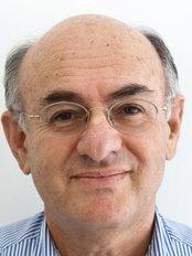 Dr Jacob Ronen -  at Cryobank Israel - In Jerusalem