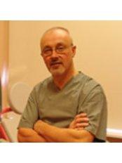 Dr Juris Vitols - Doctor at Reproduktīvās medicīnas centrs