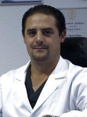 CEFAM Surrogacy - Pafnuncio Padilla No. 43 3er piso, Cd., Ciudad Satélite, Naucalpan, 53100,  0