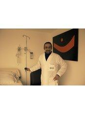 Dr Hugo Ruiz -  at CEFAM Surrogacy