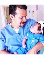 Dr Edgar Medina - Doctor at Concibo Clinic
