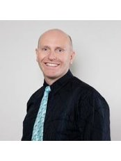 Dr Neil Johnson - Doctor at Repromed - Hamilton