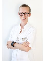 Dr Anna Piekarz-Adamczyk - Doctor at Gyncentrum - Fertility Clinic