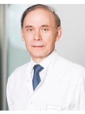 Dr Artur Barczyk - Doctor at Invicta Fertility Clinic - Warsaw