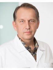 Dr Andrzej Jezak - Doctor at Invicta Fertility Clinic - Warsaw