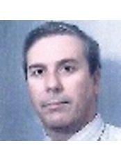 Dr Cristiano Oliveira -  at Centro de Genética da Reprodução Prof. Alberto Barros