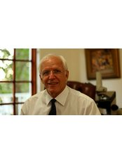 Prof Thinus  Kruger - Doctor at Aevitas Fertility Clinic