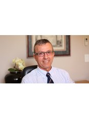 Dr Victor  Hulme - Doctor at Aevitas Fertility Clinic