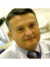 Dr. Rafael Bernabeu - Arzt - Instituto Bernabeu