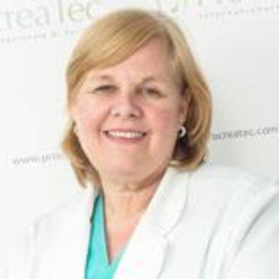 Dr Jennifer Rayward
