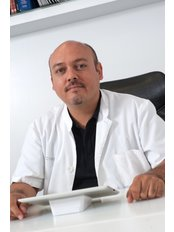 PROCREAR - Dr Mazzanti Medical Director