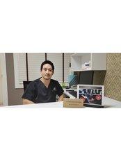 Dr Narathorn Suwanvesh - Doctor at Takara IVF Bangkok