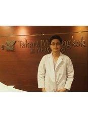 Dr. Saroj Sirimaneewattana - Aesthetic Medicine Physician at Takara IVF Bangkok