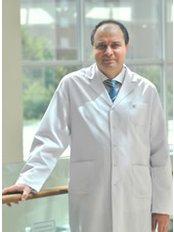Dr. Zeki  Duman - Arzt - Medicana International IVF-Zentrum