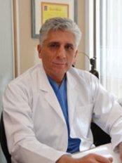 Dr Selim Senoz -  at Jinepol IVF Clinic Istanbul / Turkey