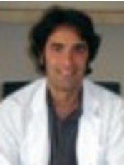Dr Güvenç  Karlikaya - Doctor at Bahçeci Umut Tüp Bebek Merkezi