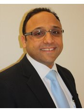 Mr Raef Faris - Consultant at Lister Fertility Clinic