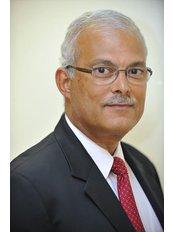 Mr Hossam Abdalla - Consultant at Lister Fertility Clinic