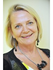 Dr Marie Wren - Consultant at Lister Fertility Clinic