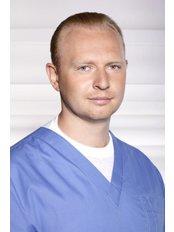 Dr Valentyn Parashchuk - Doctor at Gryshchenko Clinic - IVF