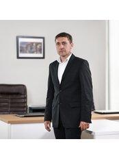 Herr Sergey Skorodelov - Partner - La Vita Nova