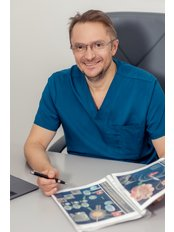 Dr Aleksandr Darii - Doctor at ICSI Clinic