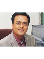 Ashwin Porwal - Principal Surgeon at Healing Hands Clinic